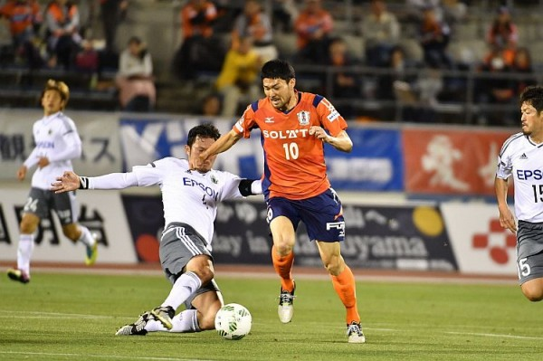 サッカーJ2リーグ「愛媛FC対ツエーゲン金沢」