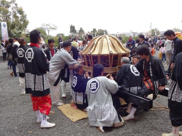 昭和の古町神輿ロープ巻き