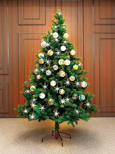 大人気! グローバルトレード社のクリスマスツリーが販売開始