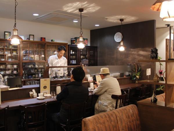 Coffee&Gallery 珈壇
