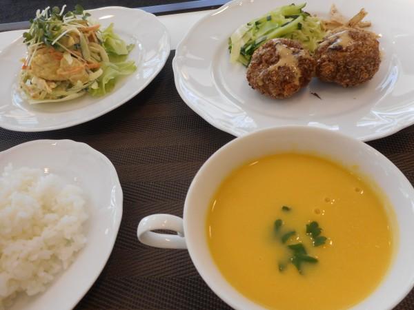 2月の講師料理講座「ひな祭りに寄せて」inヨンデンプラザ松山