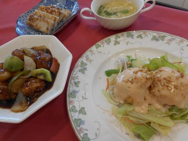 2月の講師料理講座「皮から作る本格餃子作りとおいしい中華」inヨンデンプラザ松山