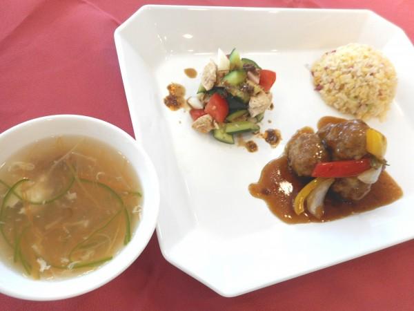 4月の講師料理講座「家族も喜ぶプロの味!絶品酢豚とおすすめ中華」inヨンデンプラザ松山