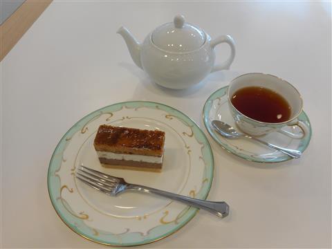 紅茶のおいしい淹れ方 ~癒しのティータイム お菓子とともに~