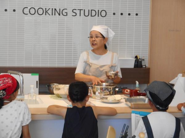 親子★8月の講師料理講座「作ってみよう!本格和菓子」inヨンデンプラザ松山