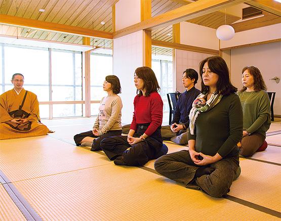 四国霊場第45番札所「岩屋寺」で仏教体験