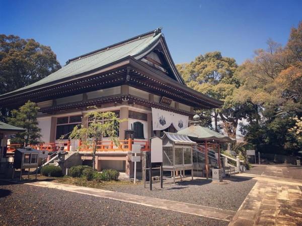 秋のお寺ヨガ