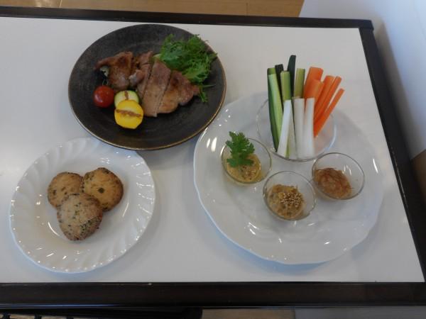 11月の講師料理講座「えひめの麦味噌で毎日あったか味噌料理」inヨンデンプラザ松山
