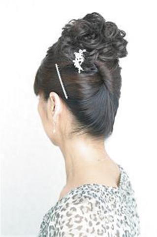奇跡のヘアブラシで簡単まとめ髪