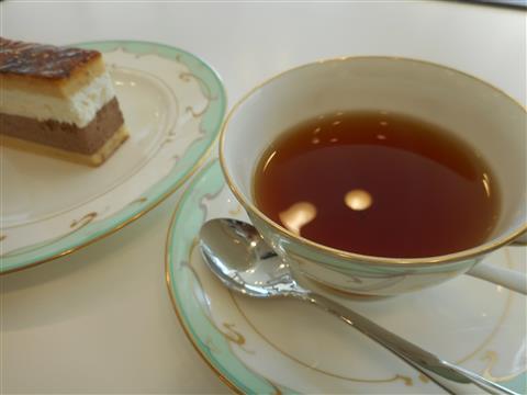 3月の講師カルチャー講座「癒しのティータイム ~紅茶を美味しく淹れましょう~」inヨンデンプラザ松山