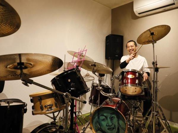 ドラム教室 BLUE KONO