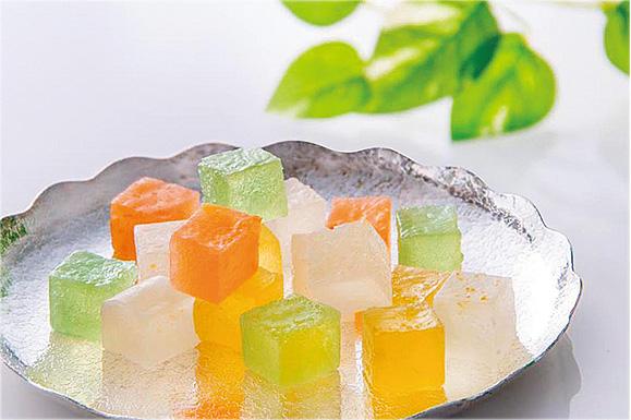 """瀬戸内の果実を味わう""""食べる宝石""""琥珀糖"""