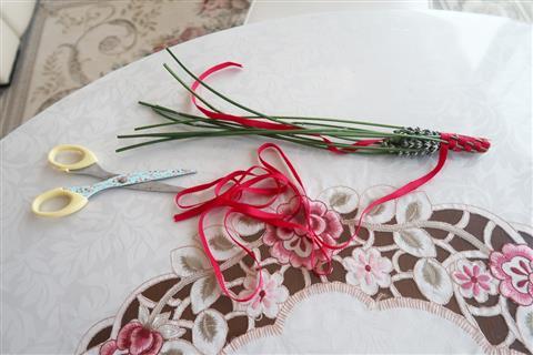 ラベンダーの花摘み&スティック作り