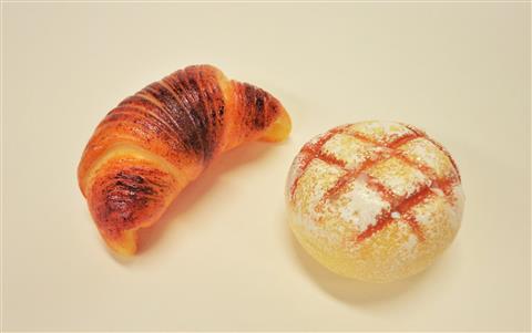 樹脂粘土でパンマグネットをつくろう!