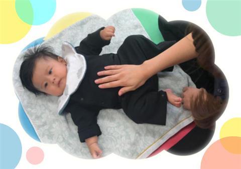 ママと赤ちゃんのためのベビーマッサージ教室(8)