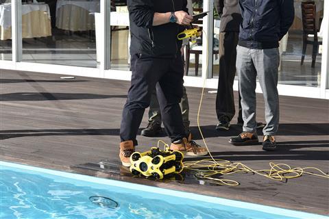 水中ドローン安全潜航操縦士認定講習